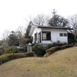 伊豆大島望む、ゆとりの敷地に建つ戸建